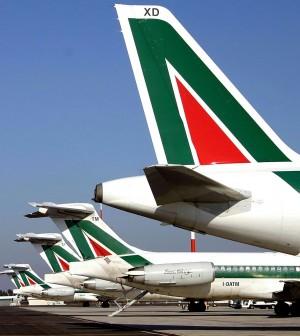 Alitalia pensiona AirOne: dal 1° ottobre subentra nei voli per risparmiare