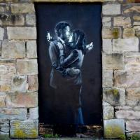 Bristol, Banksy venduto a 500mila euro salva circolo per ragazzi