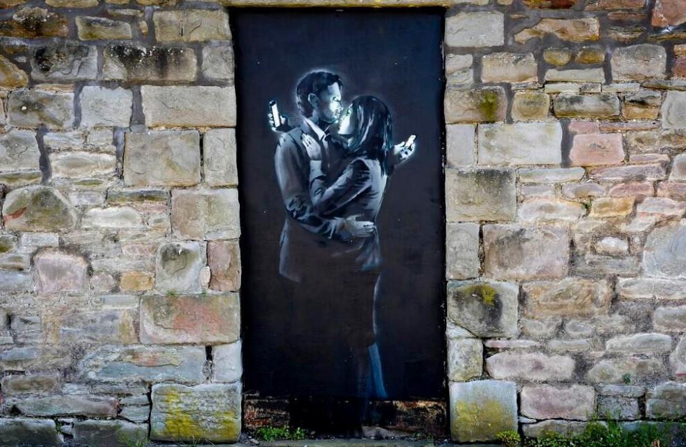 Bristol, Banksy venduto a 500mila euro salva circolo per ragazzi<br />