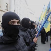"""Ucraina, Usa: soldati russi combattono nell'est. Hollande: """"Inaccettabile"""". Scontri a..."""