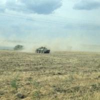 Blindati russi a 3 km dal confine con l'Ucraina