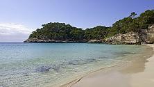 Cale, mulini, storia Minorca, l'anima quieta delle Baleari    foto