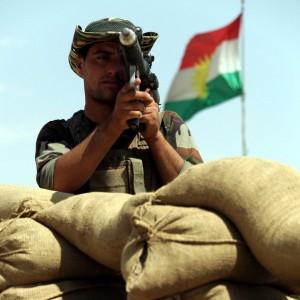 Iraq: miliziani Is decapitano prigioniero curdo e pubblicano nuovo video su Youtube