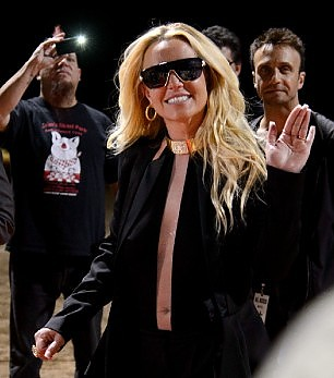 """Ahhh the single life"",  il tweet di Britney Spears"