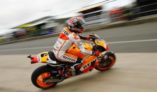 Moto, Gp Gran Bretagna: Marquez detta subito legge, Rossi in difficoltà