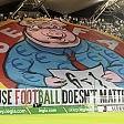 C'è un maiale in curva  ira polacca contro l'Uefa