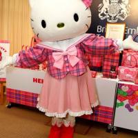 Hello Kitty non è un gatto e compie 40 anni