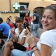 Varese, aperitivo-protesta  al bar con le sedie da casa