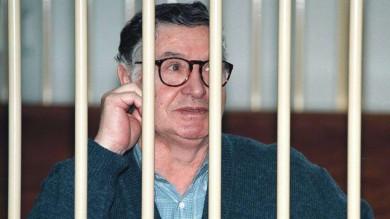 """Mafia, così parlò Riina: """"Ogni sei mesi  Berlusconi ci pagava 250 milioni"""""""