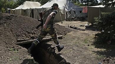 Hollande: più sanzioni contro Mosca Gb: in Ucraina 4.000-5.000 soldati russi
