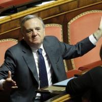 """Sacconi: """"Contrario alle adozioni per i gay, la giustizia creativa scavalca il Parlamento"""""""