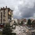 Crolla palazzina a Parigi 2 morti, si cercano dispersi