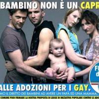 Foto di Oliviero Toscani contro adozioni gay, Fdi si scusa