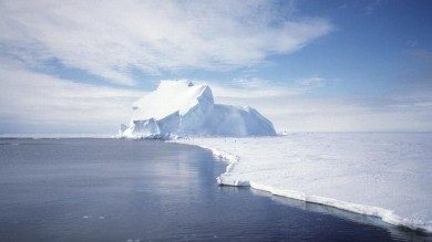 Sale il livello dell'Oceano Antartico il ghiaccio del Polo Sud si sta sciogliendo