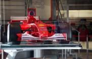 Nuovo Ferrari store, la F1 fa scena