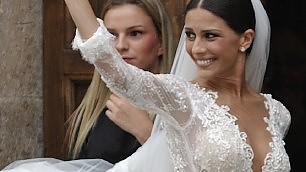"""Roma, Mattia Destro all'altare    ft    ma la sposa si prende la scena    Conte scherza: """"Lo vorrei con me"""""""