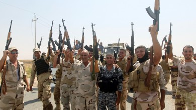 Pinotti: armi ai curdi entro 10 settembre Usa: neutralizzeremo Stato islamico    vd