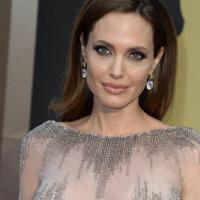 """Effetto Jolie, aumentano le mastectomie. Gli esperti: """"Intervento può rivelarsi inutile"""""""