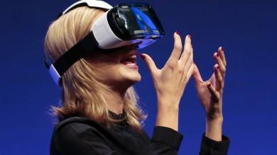 Due Note Samsung, uno con schermo curvo   Foto   Ecco il visore per realtà virtuale Gear Vr