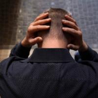 L'Oms: al mondo un suicido ogni