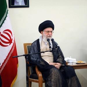Iran, Ali Khamenei in ospedale: operato alla prostata