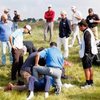 Olanda, il colpo che non ti aspetti: golfista centrato alla testa. Sta bene