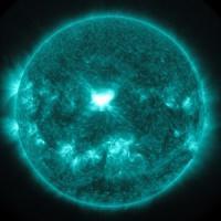 Tempesta solare si dirige verso la Terra