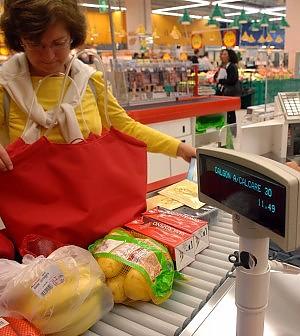 L'Italia è in deflazione: ad agosto prezzi giù dello 0,1%