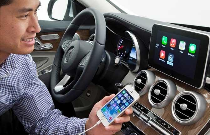 A rischio sicurezza: i veicoli sempre più connessi