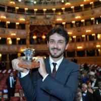 """Fontana vince il Campiello con """"Morte di un uomo felice"""""""