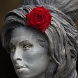 La statua di Winehouse ora avrebbe 31 anni    Video