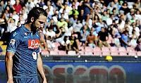 Napoli flop, colpo Chievo    Benitez : ''C'è tempo''    I gol