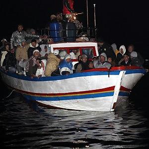 """Immigrazione, dramma sulle coste libiche. Unhcr: """"600 morti in tre giorni"""""""