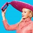 Autoscatto alla moda con il ''selfie-cappello''