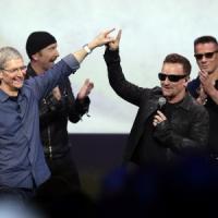 Apple fa rimuovere album degli