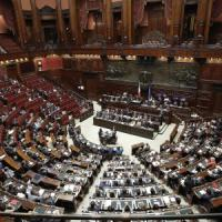 """Opposizioni bocciano Renzi: """"Inutile perdita di tempo"""". Fassina attacca il premier:..."""