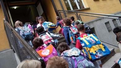 Scuola, via tra annunci e proteste -   foto