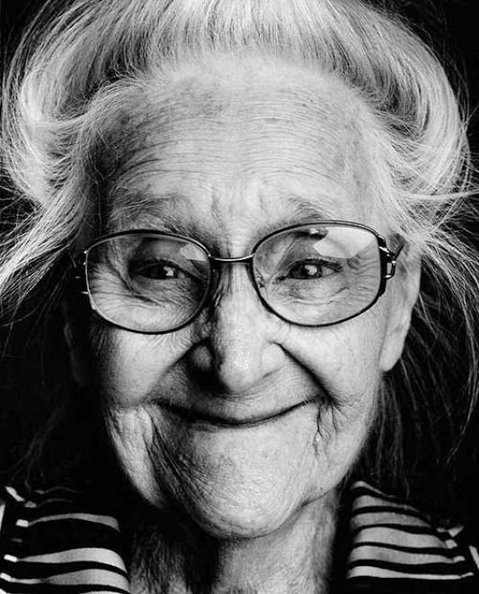 L'identità perduta, i volti dell'Alzheimer: il fotoprogetto