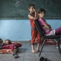 Gaza, è ancora emergenza umanitaria tra bambini che riprendono la