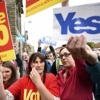 """Referendum Scozia, sondaggi danno il """"no"""" in vantaggio"""