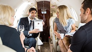 Ecco il social network per ricchi