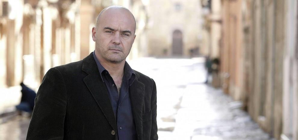 """Montalbano, il produttore: """"Potrebbe rimanere in Sicilia"""". Ma Crocetta attacca: """"La Rai ci deve 25 milioni per una soap"""""""