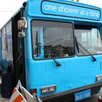 San Francisco, shower-bus: docce on the road ai senzatetto