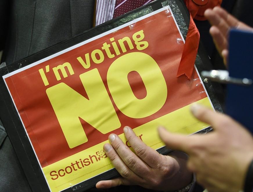 Referendum, vince il no: festeggiamenti in Scozia