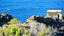 Mare, dammusi, zibibbo Pantelleria adesso    foto
