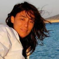 """Francesca Vecchioni: """"Io, mamma gay offesa da Lorenzin, definisce le mie figlie un..."""