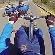 La corsa dei tricicli In discesa a 100 km/h