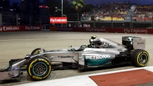 """Libere, vola Hamilton  Ecclestone: """"Vorrei tre vetture per ogni team"""""""