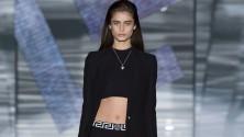 Versace il corpo si scopre   Prada: lezione di moda