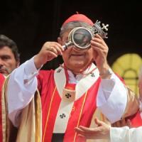 Sacro web, internet è un luogo di culto: santi e patroni diventano social